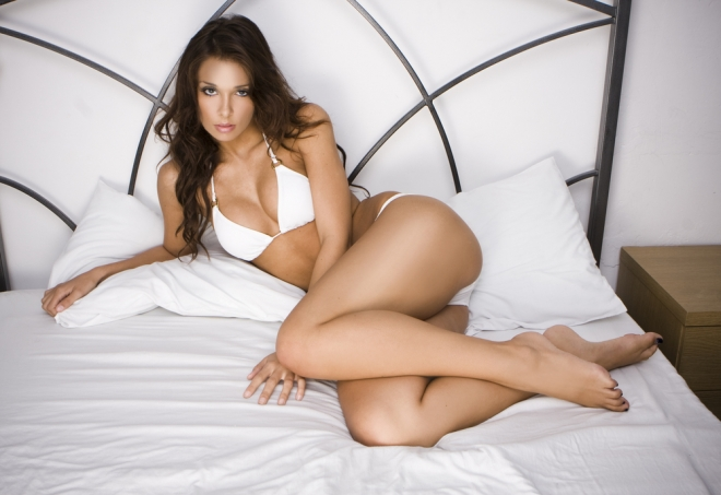 How-To-Satisfy-A-Woman-In-Bed